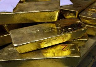 Gold bounces from 23-month low, surges Rs 780
