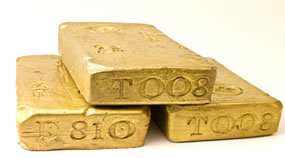 Gold Drops 1.6%, Silver Tumbles 3%; US Mint Gold Coins Rise