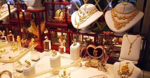 Gold, silver prices surge on domestic demand
