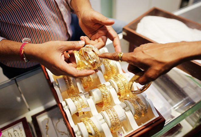 Gold, silver prices rebound on demand pick-up, global cues