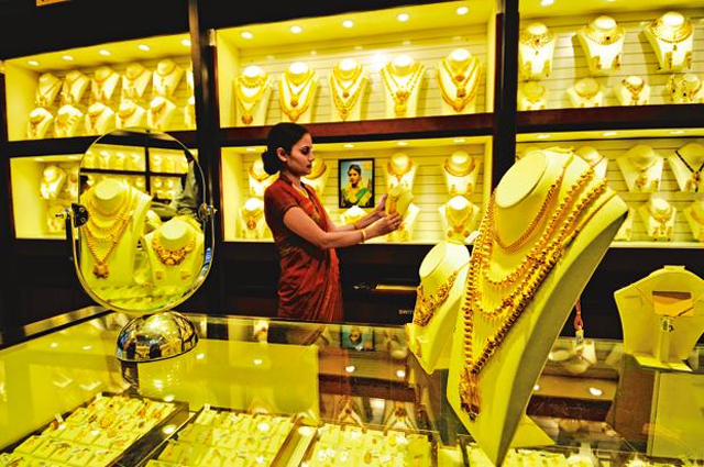 Gold glitters, silver recovers