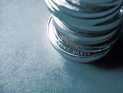 Silver Coin Sales Hit Record High in 2015 – Still Time to Buy