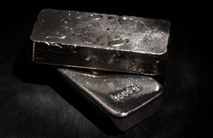 Gold Falls for Second Session, Silver Gains; US Coin Sales Rise